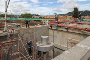 GAA Lineardekanter Bogota Kolumbien Einbau